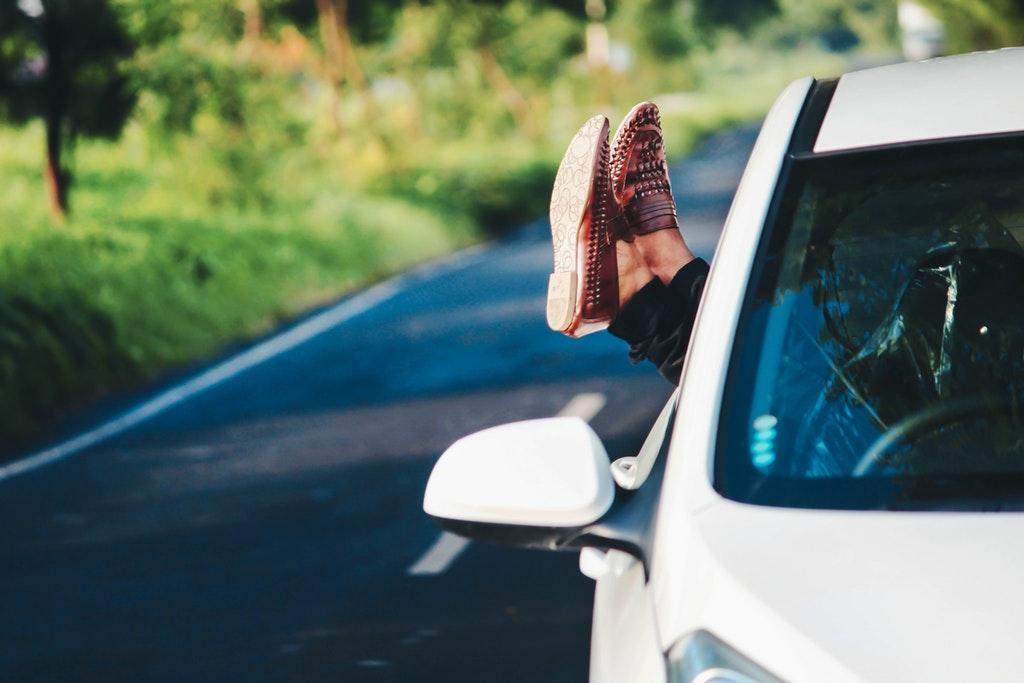 Individualreise reise mit Kindern selbst planen transfer zm hotel taxi flughafen alleinerziehend reisen unterwegs